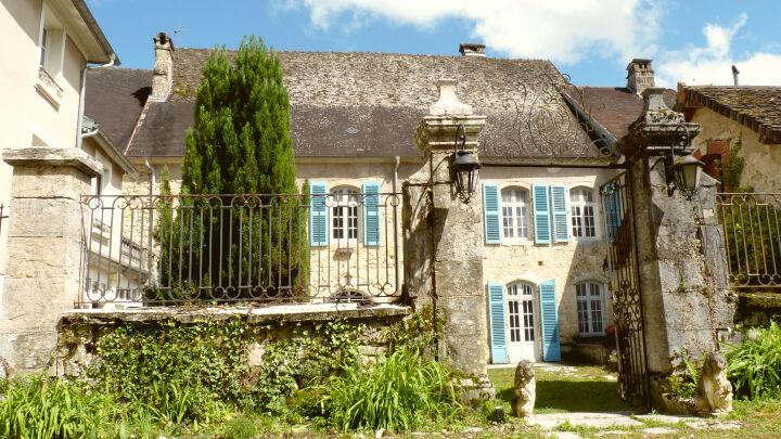 Le Manoir Mouthier-Haute-Pierre côté parc